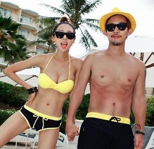 ชุดว่ายน้ำบิกินี่ทูพีช สีเหลืองดำสวยๆ