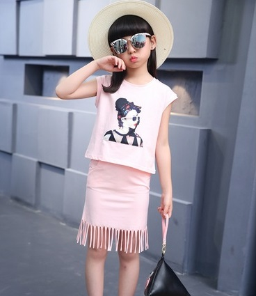 ชุดเสื้อ + กระโปรง Size 140