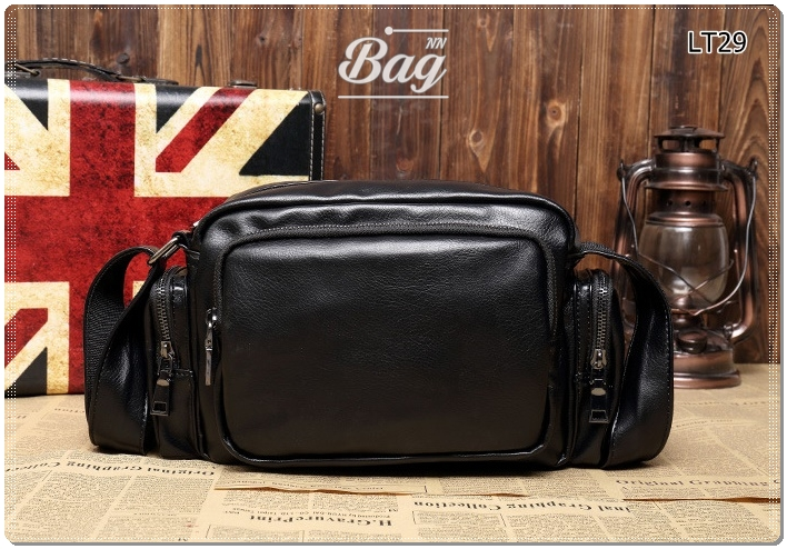 กระเป๋าสะพายข้าง หนัง PU สีดำ | LT29