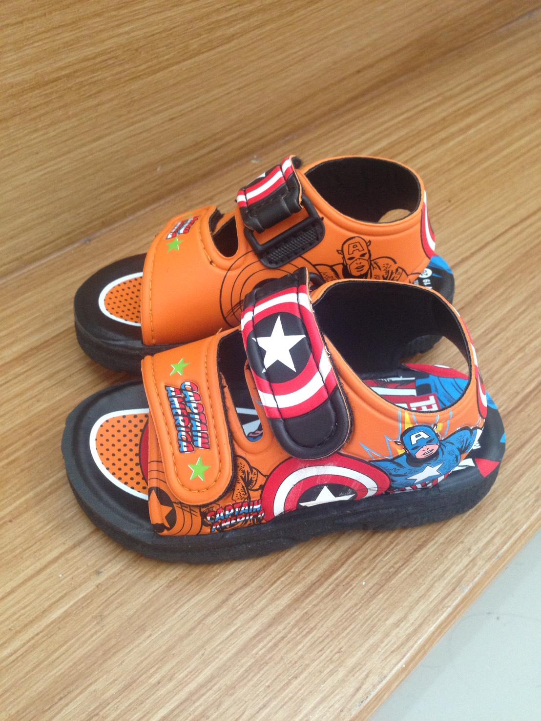 รองเท้า Captain #29