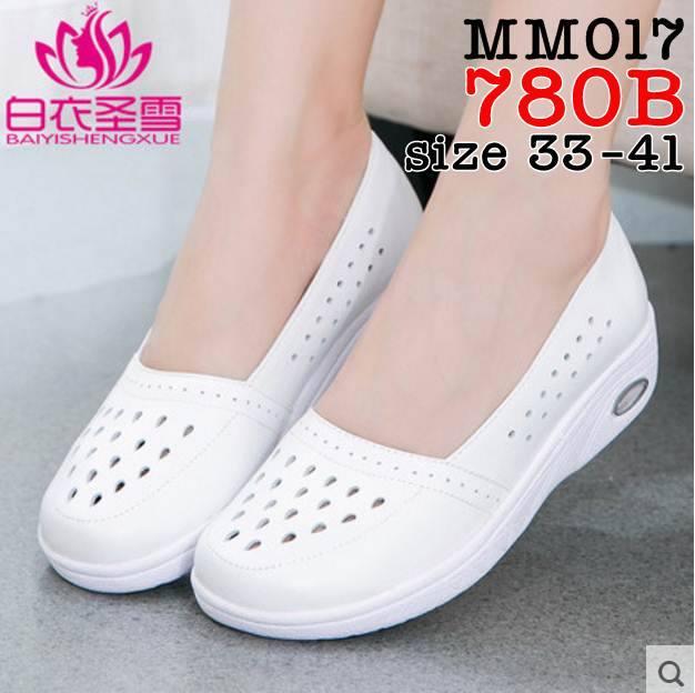 รองเท้าพยาบาล หนังสีขาว เจาะรูระบายอากาศรอบด้าน รหัสMM0017(พรีออเดอร์)
