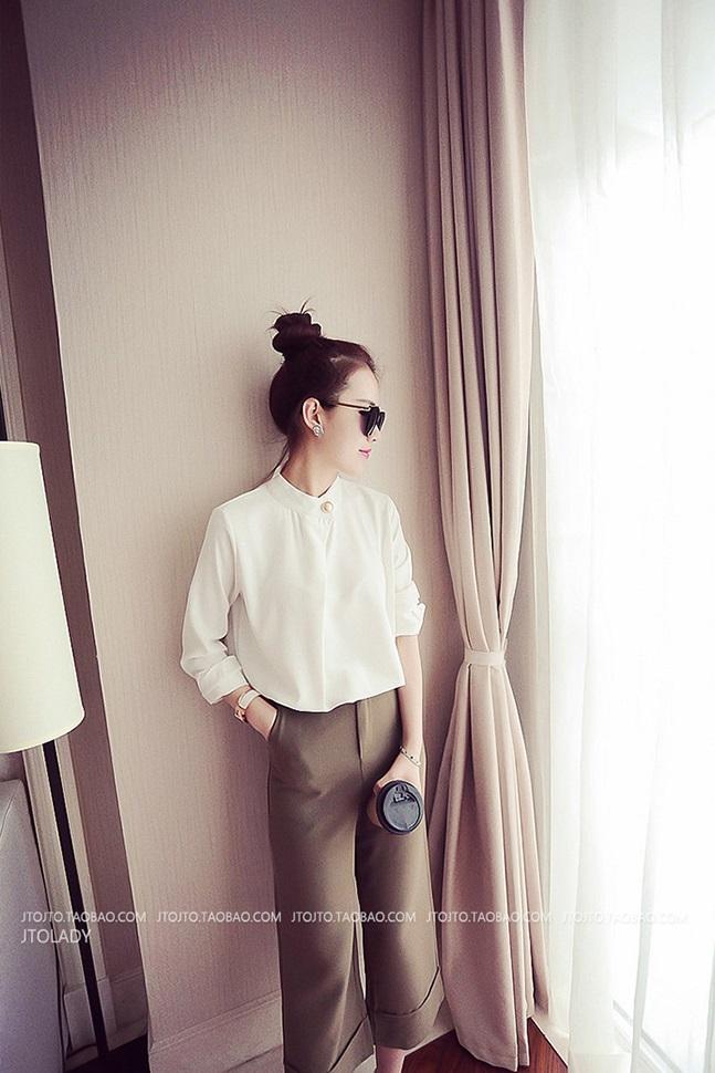เสื้อแฟชั่นเกาหลี ทรงคอจีนติดกระดุมข้าง แขนยาว เสื้อทรงสุภาพ สีขาว