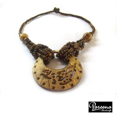 Coconut Shell Necklace(สร้อยคอกะลามะพร้าว)