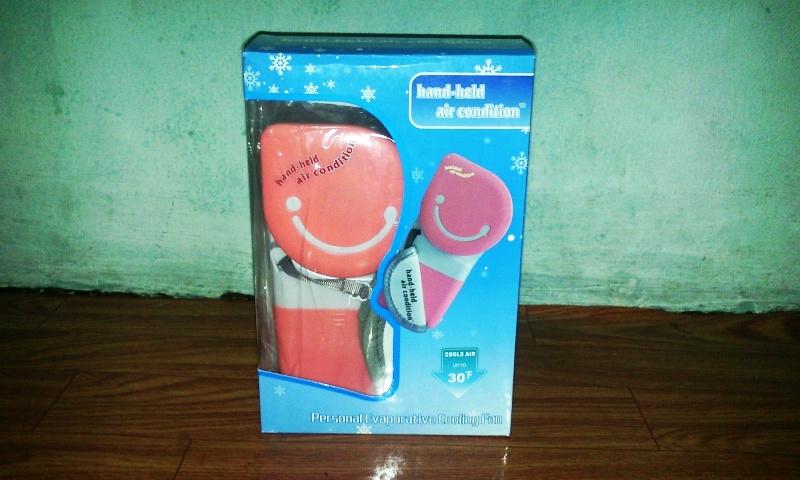 แอร์มือถือ Air Handy สีชมพู (ซื้อ 3 ชิ้น ราคาส่ง 300 บาท ต่อชิ้น
