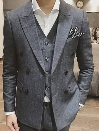 ชุดเสื้อสูท กางเกง กระดุมคู่ 6เม็ด สไตล์อังกฤษ ปกปิดมาตรฐาน ลายทางตรง สีเทา Size No.34 36 38 40 42 สำเนา