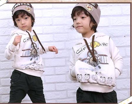 SEV069 TWO&SEVEN เสื้อกันหนาวเด็กชาย แบบสเวตเตอร์มีฮู้ด ด้านในเป็นผ้าขูดขน เนื้อนุ่ม สกรีนลายเครื่องบิน+นาฬิกา เหลือสีเทาเข้ม Size 100/110/120