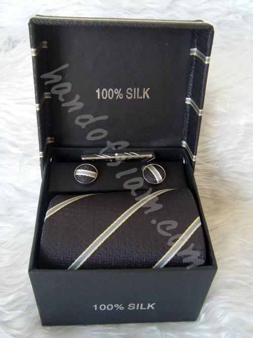 เนคไทผ้าไหม Silk NT026
