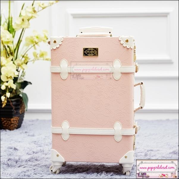 """กระเป๋าเดินทางดีไซน์วินเทจ อัพเกรด 4 ล้อ UNIWALKER """"Princess Pink for Winter 2016 Luggage&Suitcase Japanese Style ไซส์ 20"""", 22"""", 24, 26"""" หนัง PU+ABS (Pre-order) ราคาสินค้าอยู่ด้านในค่ะ"""