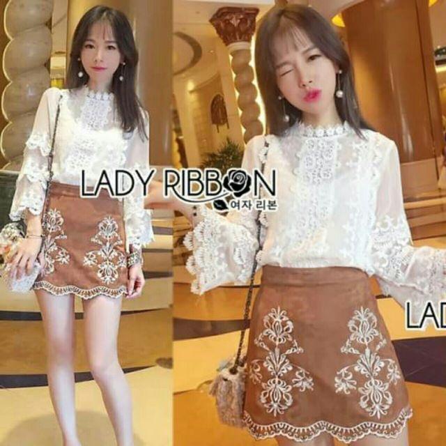 เสื้อชีฟองดีเทลผสมลูกไม้สีขาว มีซับในให้ค่ะ Lady Ribbon พร้อมส่งไซส์ S