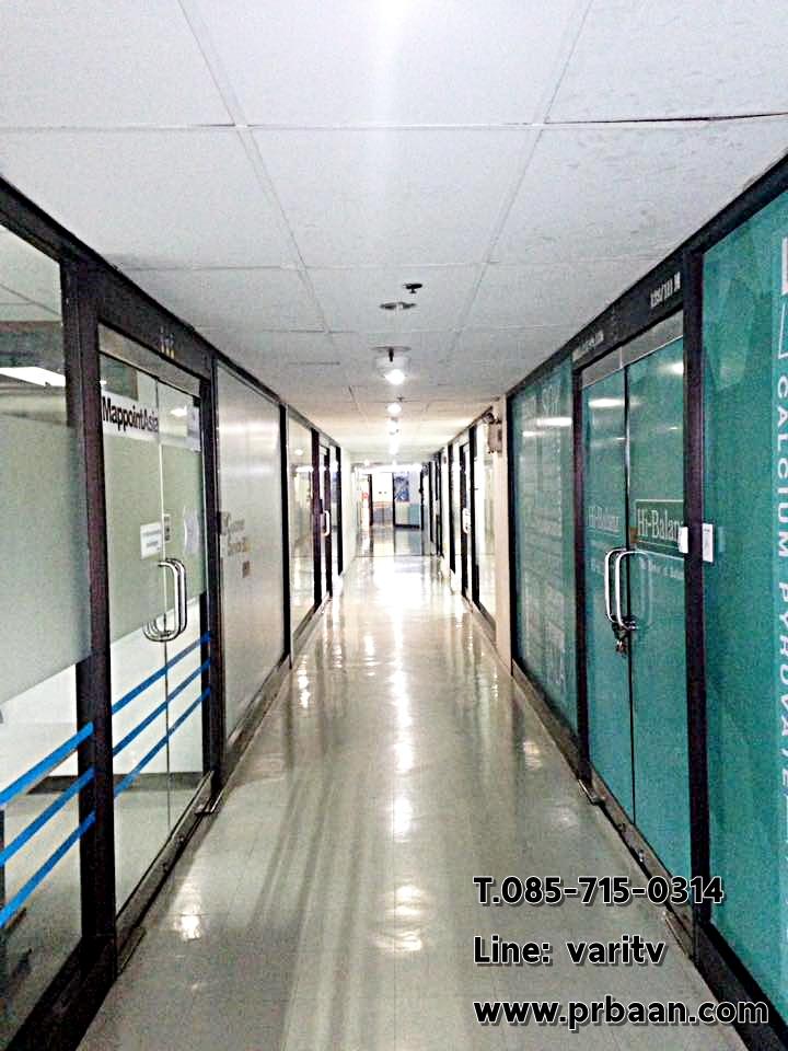 พื้นที่สำนักงานให้เช่า อาคารพญาไทพลาซ่า ห้องชั้น 15 และ 17 ติด BTSพญาไท แอร์พอร์ตลิงค์ ไปรษณีย์ไทย ใกล้อนุสาวรีย์ชัยสมรภูมิ ทำเลชั้นยอด กลางใจเมือง สะดวกต่อการดำเนินธุรกิจของคุณ ตบแต่งแล้ว เป็นห้องหัวมุมวิวสวยที่สุด