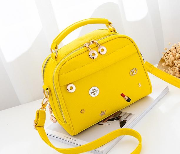 กระเป๋าถือ Maple (yellow)