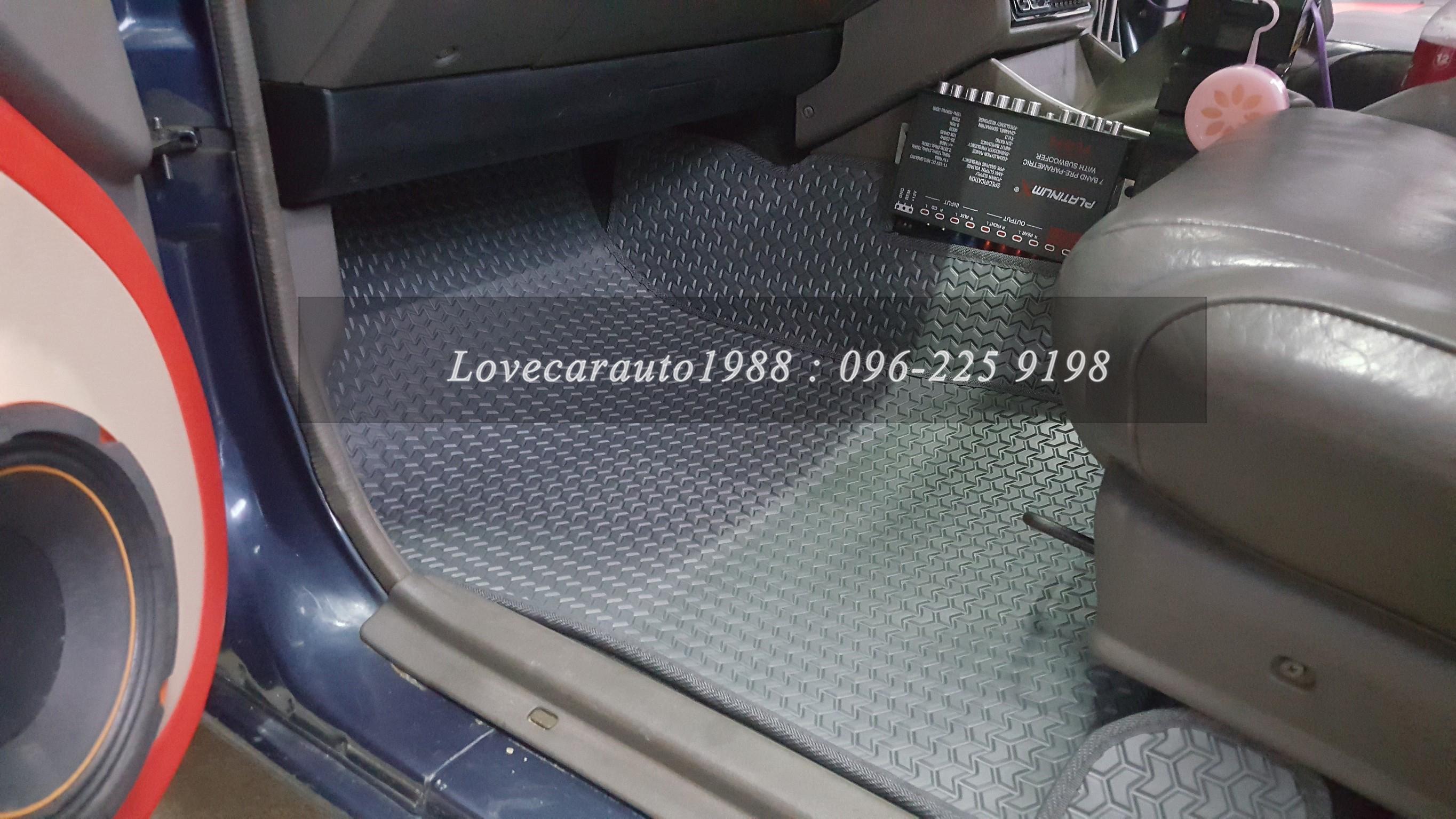 พรมรถยนต์ Isuzu TFR cab ธนูสีเทา