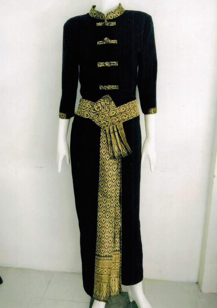C02028 ชุดไทยประยุกต์ องุ่นผ้าไทย