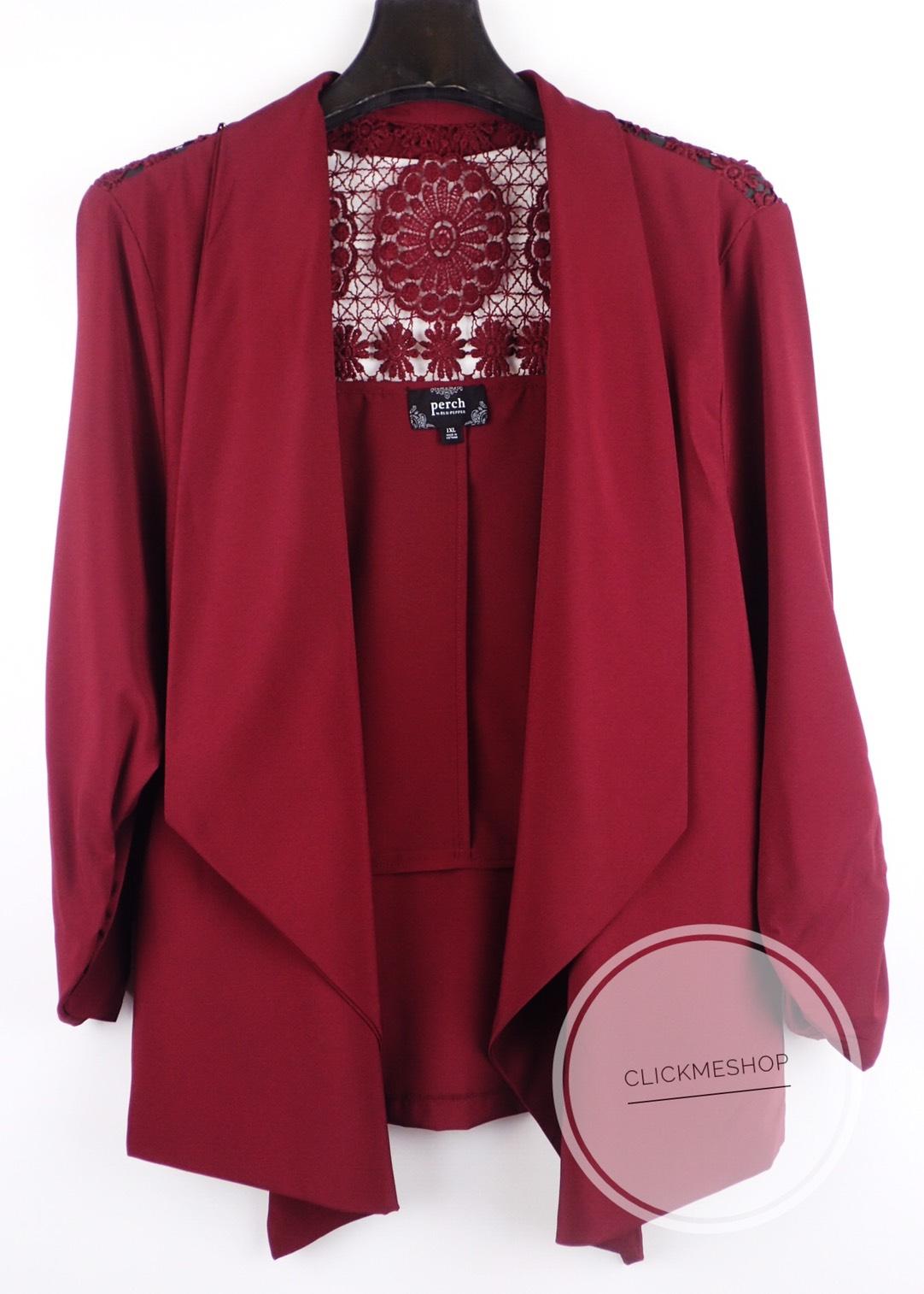 ( ไซส์ 1X หน้าอก 44-46 นิ้ว ) เสื้อคลุม สีแดง ยี่ห้อ Perch by blupepper จีบแขน ด้านหลังแต่งโคเชน่ารักคะ