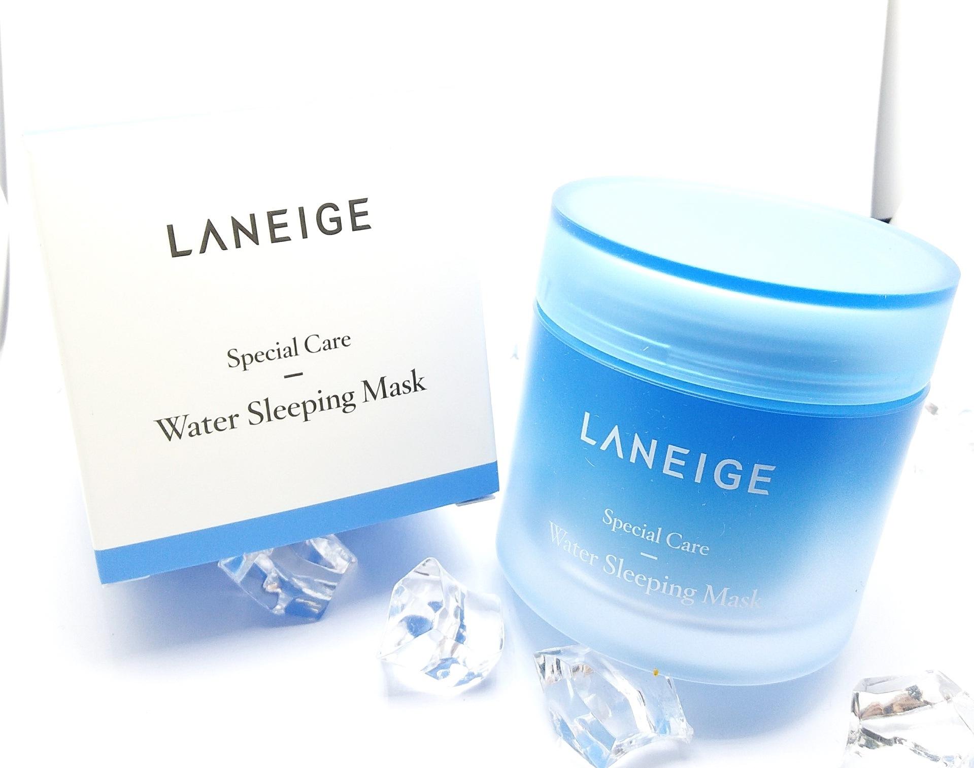 Laneige Water Sleeping Mask ขนาด 70ml. สลีปปิ้งมาสก์สูตรปรับปรุงใหม่ เพิ่มเทคโนโลยีอันเป็นลิขสิทธิ์เฉพาะของ Laneige ช่วยเพิ่มประสิทธิภาพในการบำรุงและฟื้นฟูผิวให้ล้ำลึก และ ยาวนานตลอด 8 ชั่วโมงของการพักผ่อนยามค่ำคืน เพื่อผลลัพธ์ที่ได้คือ ผิวเปล่งปลั่ง กระจ
