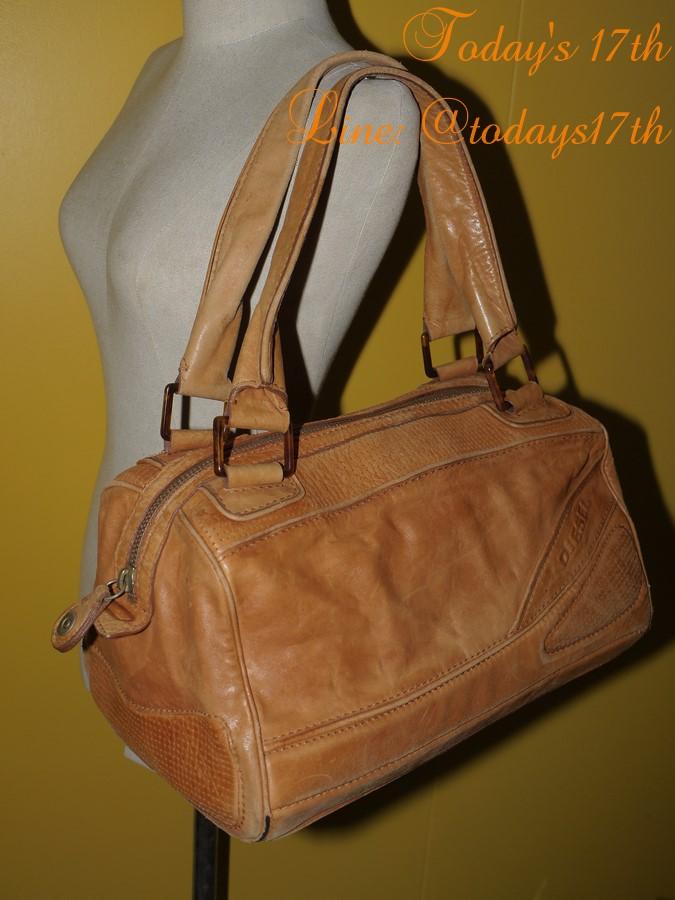 กระเป๋าหนังแท้ DIESEL