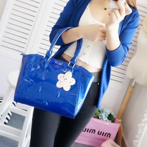 [Preorder] กระเป๋าสะพายข้าง Hello Kitty สีน้ำเงิน (2 ใบ - ใบใหญ่ และ ใบเล็ก) 2015 New hello kitty Hello Kitty handbag shoulder bag diagonal female bag cute three-dimensional picture package