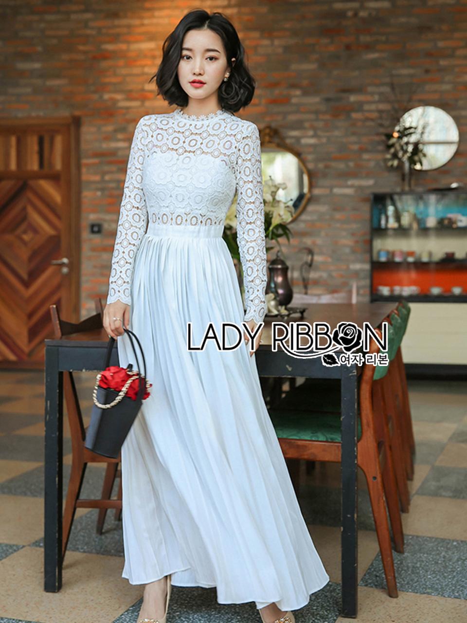 66a5a5656c Lady Ribbon s Made 🎀 Self-Portrait Pleated Crochet Floral Maxi Dress  เดรสผ้าลูกไม้