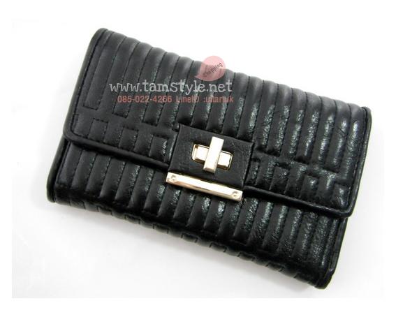 Bag-AB8016 กระเป๋าสตางค์ไซร์กลาง หนังPUนิ่มเงา เย็บตารางสไตล์ charles&keith สีดำ (กระเป๋าสตางค์พร้อมส่ง)