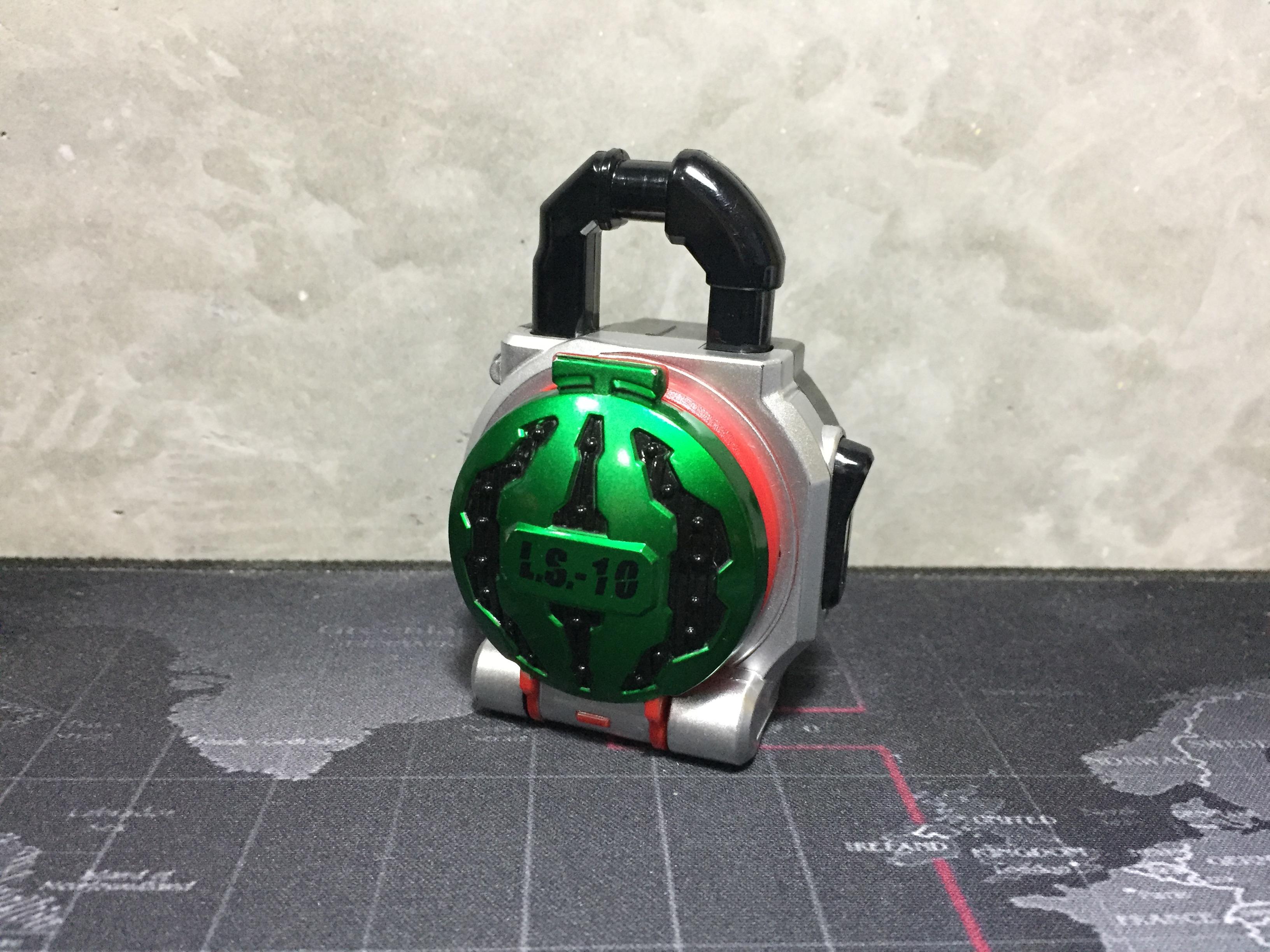 Kamen Rider Gaim Candy Lock Seed L.S.-10 Suika