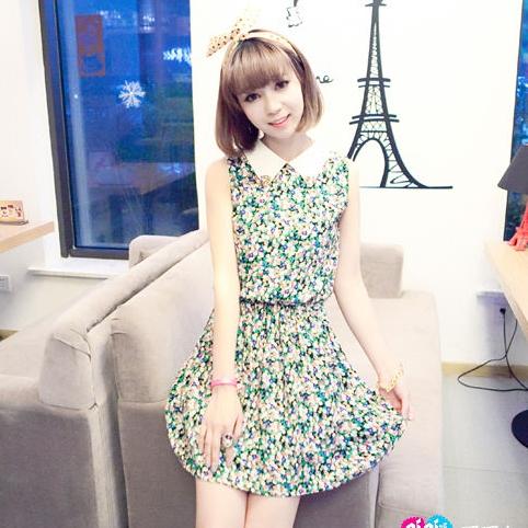 [Preorder] เดรสแฟชั่นแขนกุดลายดอกไม้ สีเขียว Amoy edge spring new Korean temperament small lapel collar sleeveless shirring dress with diamond