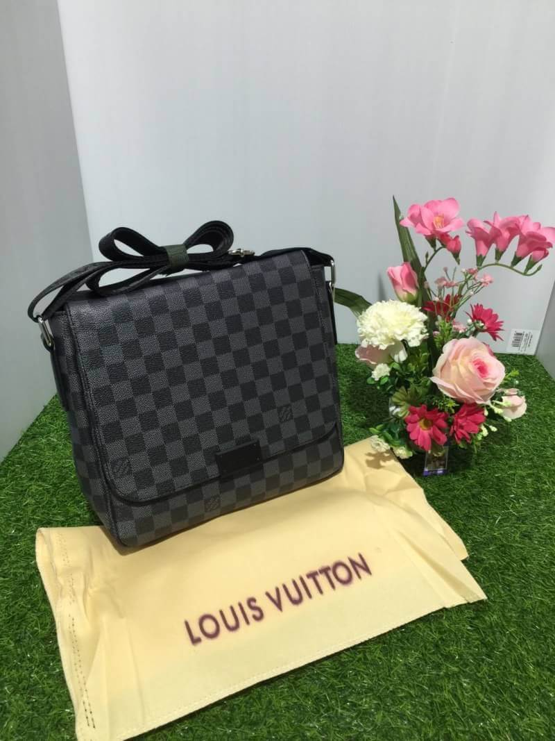 กระเป๋าแบรนด์Louis vuitton Top Premium Damier District