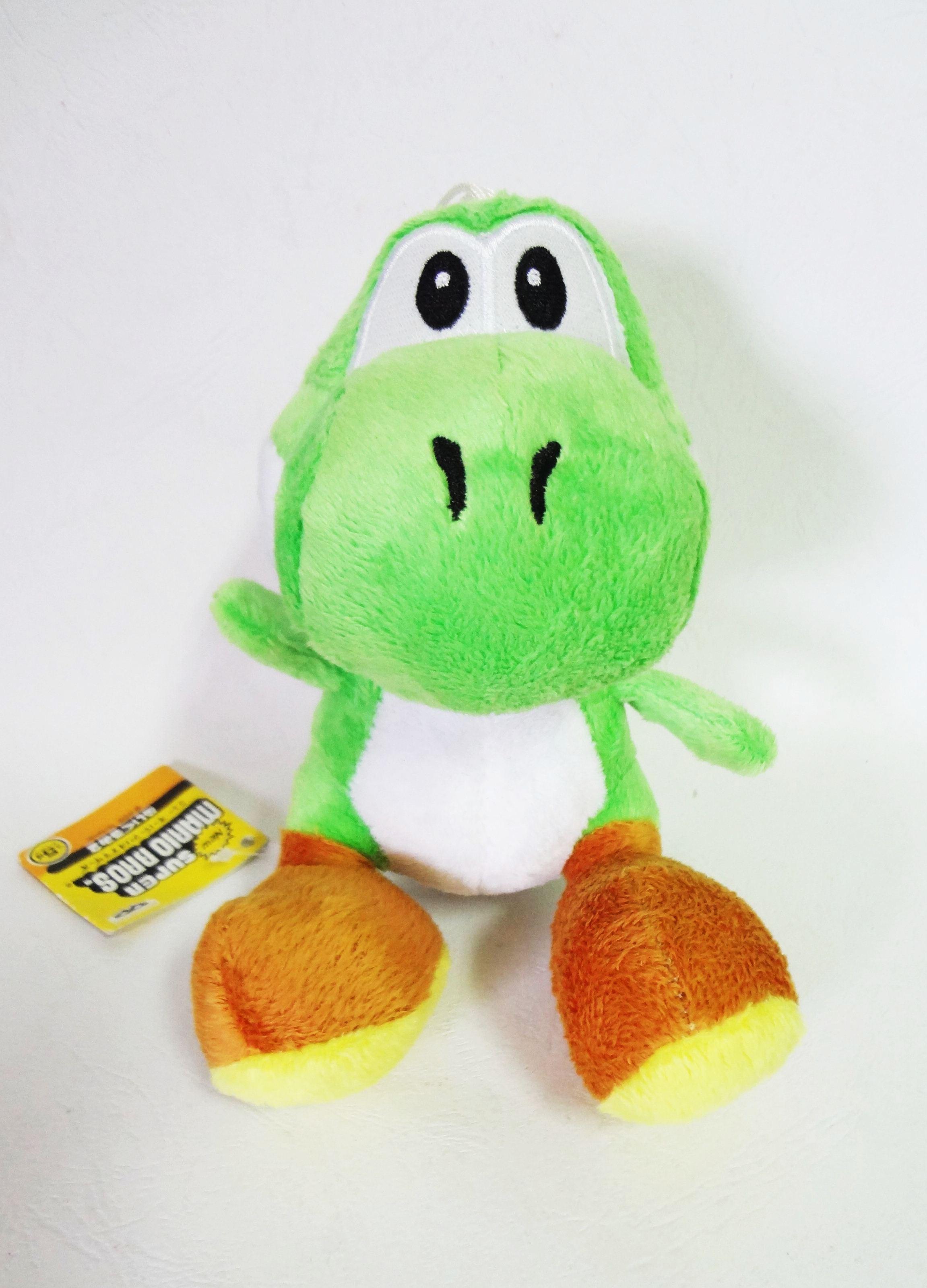 ตุ๊กตาติดกระจก Super Mario - Yochi