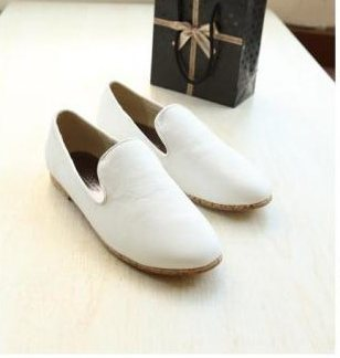 รองเท้าสีขาวหนัง PU สุดน่ารัก