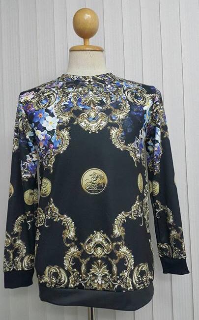 เสื้อ Apizode : เสื้อยืดพิมพ์ลาย คอกลมแขนยาว พื้นดำ