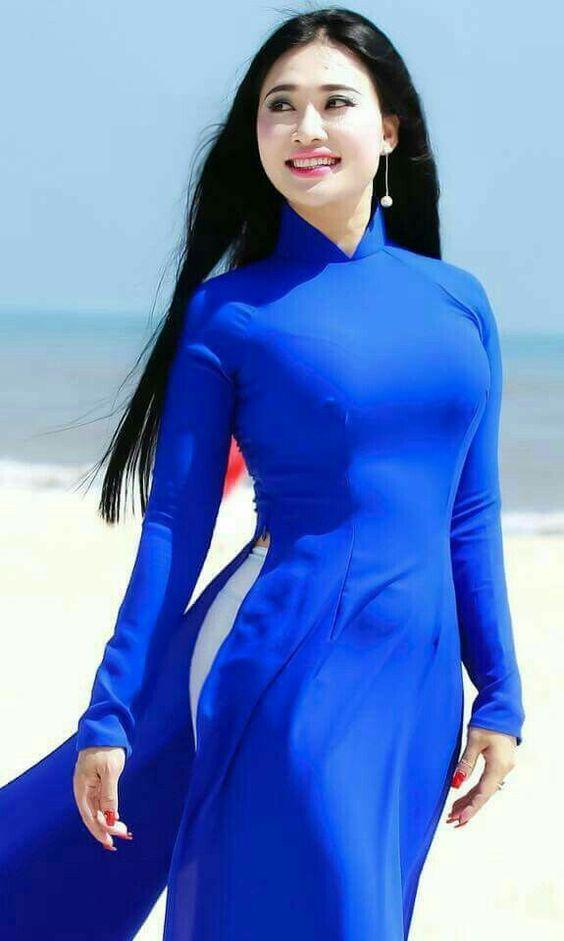 ชุดเวียดนามผู้หญิง สีน้ำเงิน (งานสั่งตัดพิเศษ)