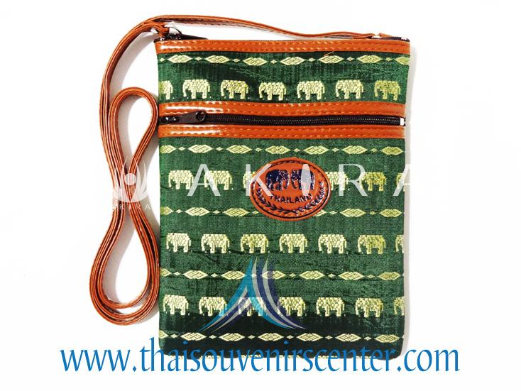 ของฝากจากไทย กระเป๋าสะพายลายช้างสายหนัง แบบ 13 สีเขียว