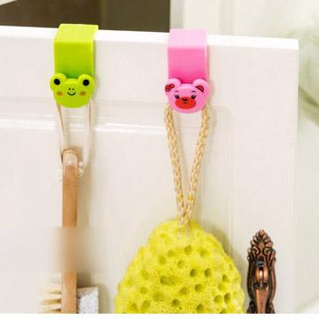 GK278 ตะขอที่แขวนสิ่งของอเนกประสงค์ เช่น แขวนของใช้ในครัว ของใช้ในห้องน้ำ สามารถนำไปเกี่ยวได้ที่ขอบประตู ขอบตู้ สำเนา