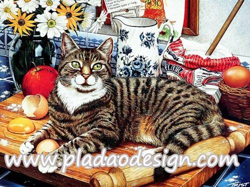 กระดาษสาพิมพ์ลาย สำหรับทำงาน เดคูพาจ Decoupage แนวภาำพ เจ้าแมวตัวป่วนจอมยุ่ง เข้าไปกวนเจ้าของ นอนบนเขียงที่นวดแป้งทำขนม