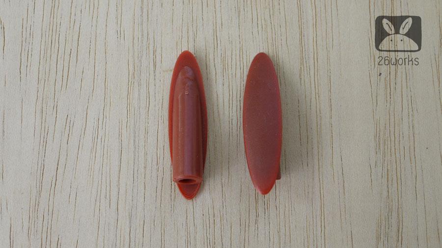 ฝาปิดรูเฉียง สีแดงอมน้ำตาล รุ่นประหยัด ถุงละ 100 ตัว