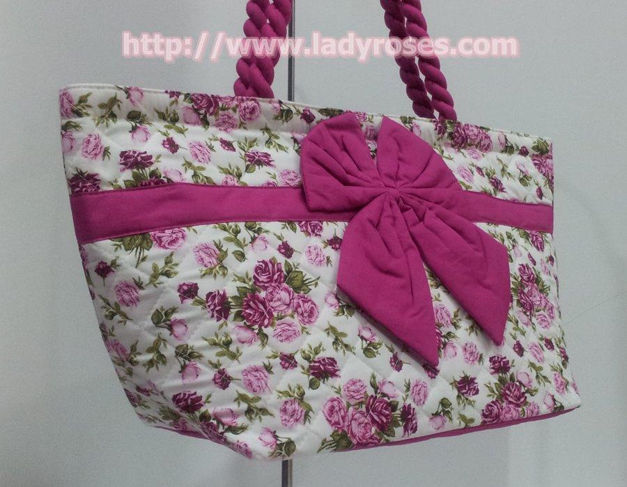 กระเป๋าสะพาย นารายา Size L ผ้าคอตตอน พื้นสีขาว ลายดอกกุหลาบ สีชมพู ผูกโบว์ สายหิ้ว หูเกลียว (กระเป๋านารายา กระเป๋าผ้า NaRaYa กระเป๋าแฟชั่น)