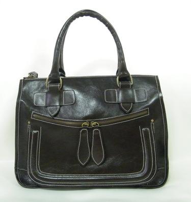 กระเป๋าหนังวัวแท้ 100% สะพายไหล่ ตัดเย็บปราณีต สีดำ
