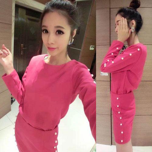 ++สินค้าพร้อมส่งค่ะ++ ชุดเซ็ทเกาหลี เสื้อคอกลม แขนยาว ผ้า Woolen เนื้อหนาค่ะ แต่งลูกปัดมุกช่วงแขน+กระโปรงสั้นน่ารัก – สี Rose