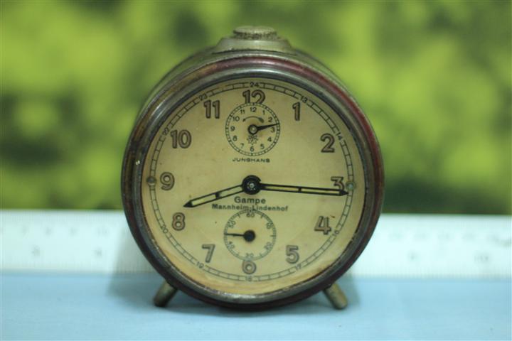 T0648 นาฬิกาปลุกเยอรมันโบราณ Junghans ส่ง EMS ฟรี