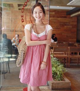 ++ สินค้าพร้อมส่งค่ะ++ชุดเดรสแฟชั่นเกาหลี 2 ชิ้น เสื้อแขนสั้น+เอี้ยมกระโปรง ลายตาราง - สีชมพูแดง