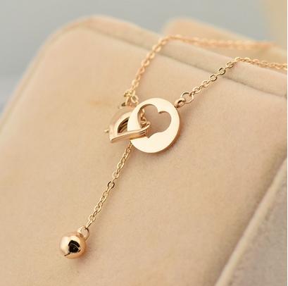 สร้อยคอ จี้เหรียญกลมกลวงรูปหัวใจ