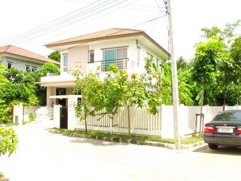 H760 ขายบ้านเดี่ยว 2ชั้น 69.8 ตร.วา หมู่บ้านปภาวรินทร์ เดอะกรีนเนอรี่ ถนนพุทธมณฑล สาย6 อ.สามพราน นครปฐม บ้านสวย พร้อมอยู่